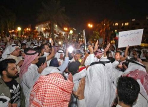سونامی اعتراضات خاورمیانه به کویت رسید/مردم خواستار اصلاحات شدند