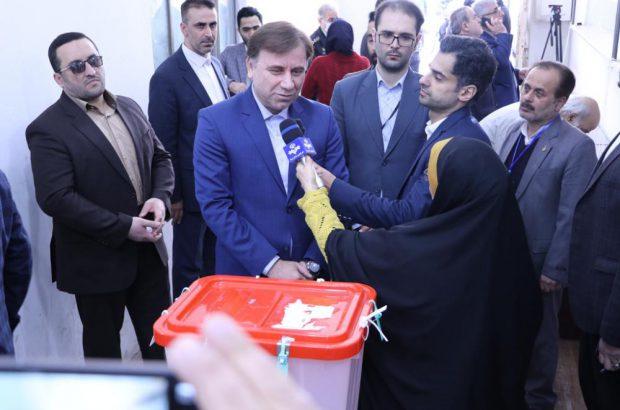 حضور ارزشمند مردم در انتخابات زمینه ساز توسعه استان و کشور است/مردم از سلامت انتخابات اطمینان داشته باشند