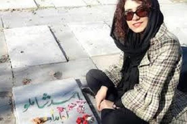 جایزه جشنواره فجر از شاعر جوان رشتی پس گرفته شد!/جشنواره شعر جوان با حذف «سارا متقی» برگزار می شود