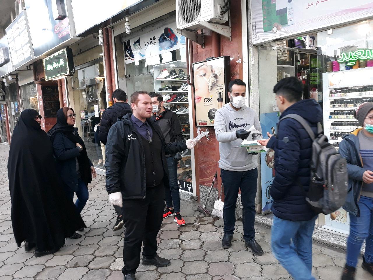 توزیع رایگان بیش از ۳۲ هزار عدد ماسک و ضدعفونی کننده در سطح استان