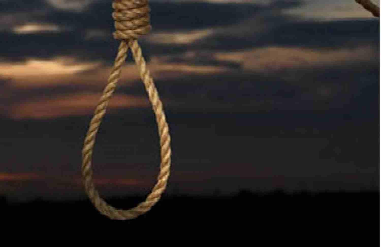 خودکشی مرد جوان با دار زدن خود از درخت کنار خیابان