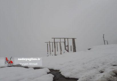 بارش برف پاییزی در ییلاقات فومن و ماسال