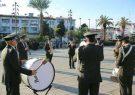گروه موزیک شهرداری رشت مقابل مجتمع های مسکونی موزیک اجرا می کند