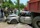 تصادف و حبس شدن جوان رشتی در خودروی ۲۰۶