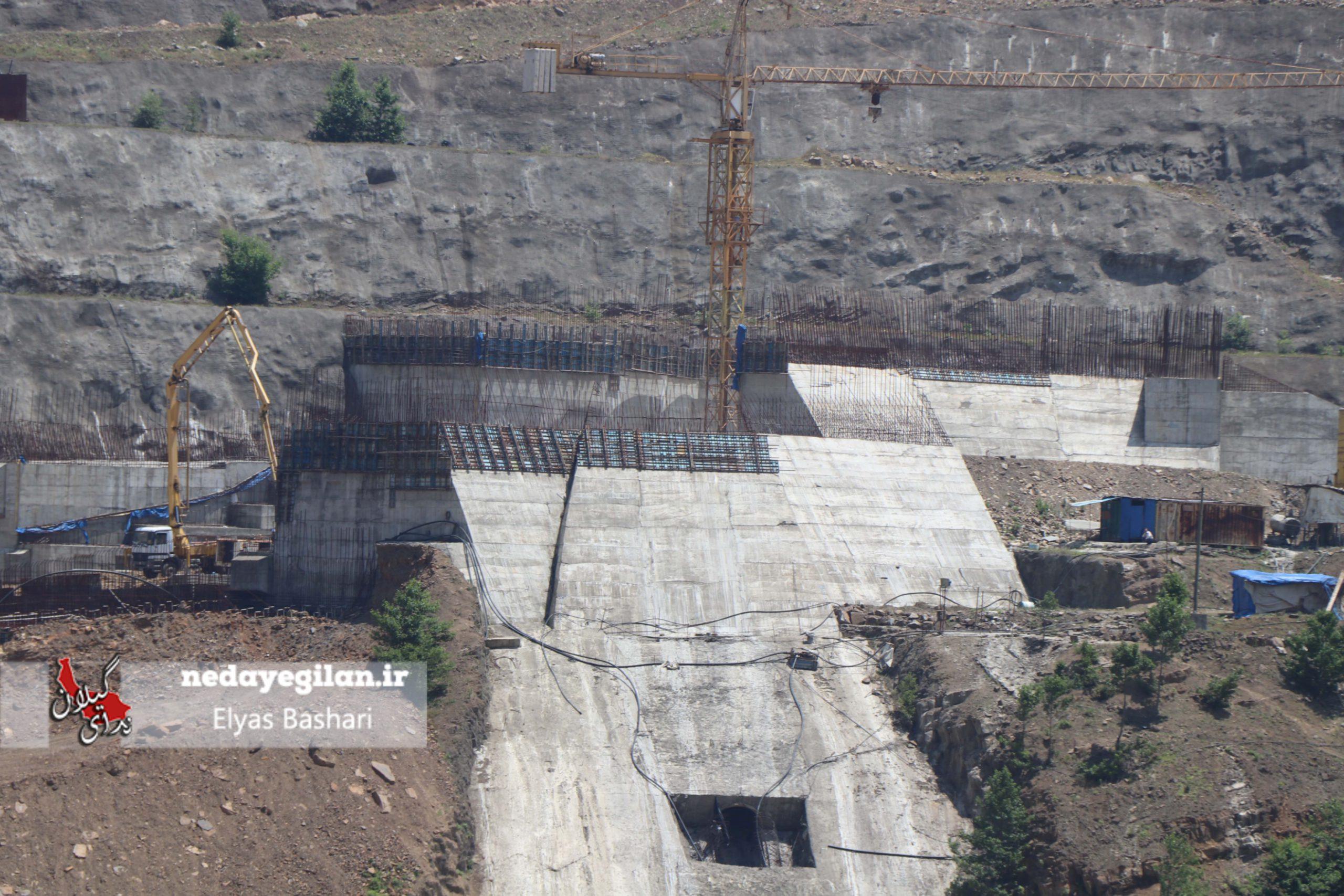مضرات سد سازی در گیلان خیلی کمتر از منافع آن است/سد پلرود به پیشرفت ۷۵ درصدی رسید