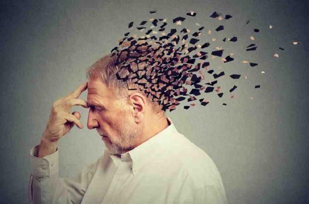 امکان تشخیص آلزایمر ۲۰ سال پیش از زوال حافظه ممکن شد!/چگونه بفهمیم که به آلزایمر مبتلا می شویم؟