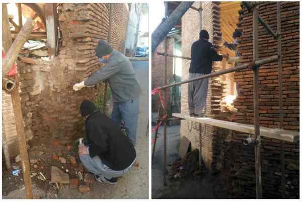 مرمت بخشهای تخریب شده دیوار بقعه تاریخی پیرعلی لاهیجان