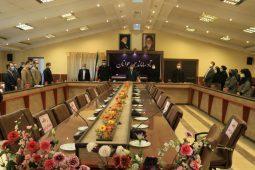 گزارش تصویری تقدیر از یونس محمودی به عنوان اولین فرماندار مشارکت کننده در لیگ تندرستی فدراسیون ورزشهای همگانی