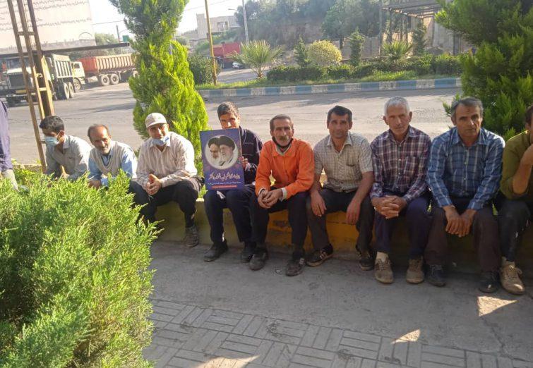 گزارش تصویری اعتصاب پرسنل و کارگران شهرداری لوشان برای سومین روز متوالی
