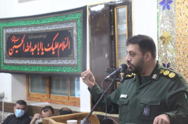 فرماندهان پایگاه باید فاتح قلوب مردم و جوانان باشند/ محور تمامی فعالیت ها باید مسجد باشد