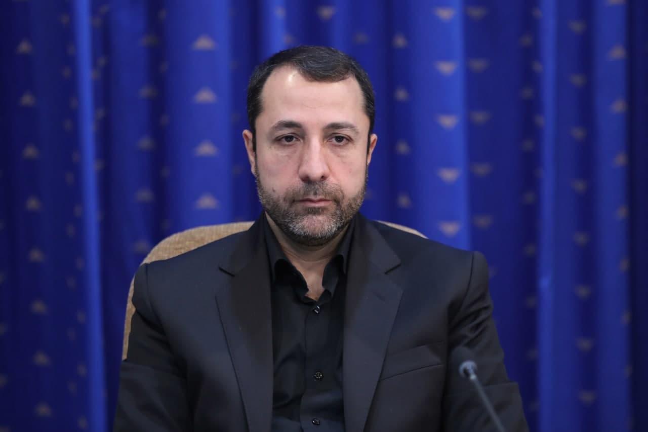 علی صالح آبادی رئیس کل بانک مرکزی شد/ از منفعت مردم، نظام و کشور کوتاه نیایید